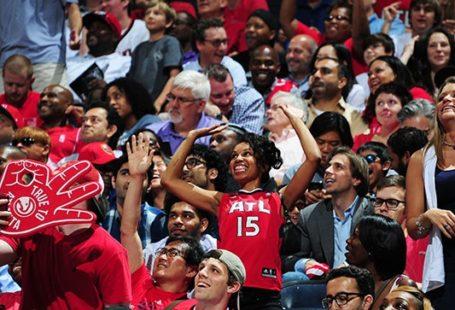 Atlanta Hawks fans